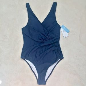NWT Navy Blue Criss-Cross Ruche Cupshe One Piece